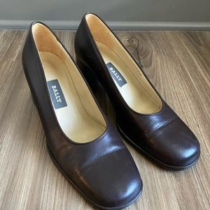 Bally Womens Pump Leather Burgundy  Block Heel